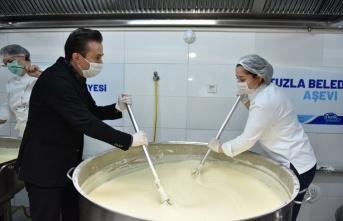 Tuzla Belediyesi'nden Üç Bin Kişilik Bayram Tatlısı