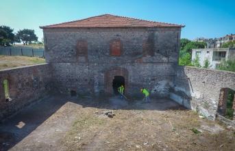 Bergama'daki tarihi binalara restorasyon başladı