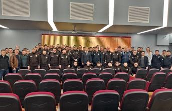 Maltepe'de Başarılı Polisler Ödüllendirildi