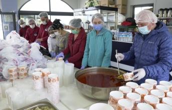 Covid-19 Hastalarına Sıcak Yemek
