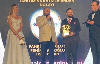 Fahri Ustaoğlu ve Fehim Ustaoğlu'na Dijital Dünyanın Enleri Ödülü